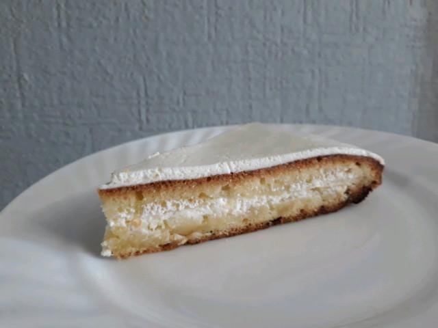 Лимонный бисквитный пирог