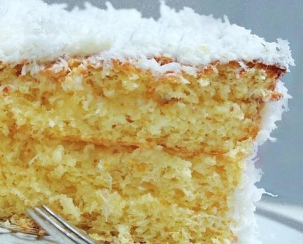 Пирог с кокосовой стружкой