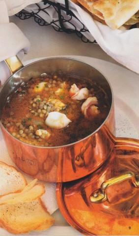 Суп из чечевицы с морепродуктами