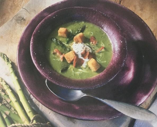 Гороховый суп со спаржей