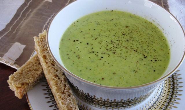 Холодный суп-пюре из петрушки