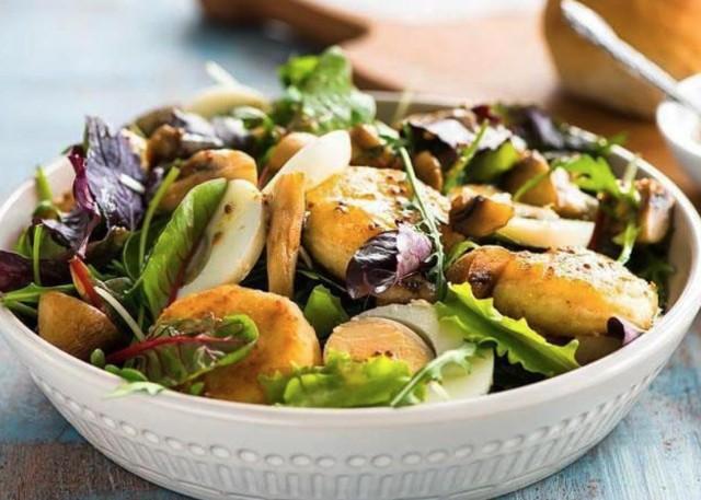 Салат из сырников с шампиньонами