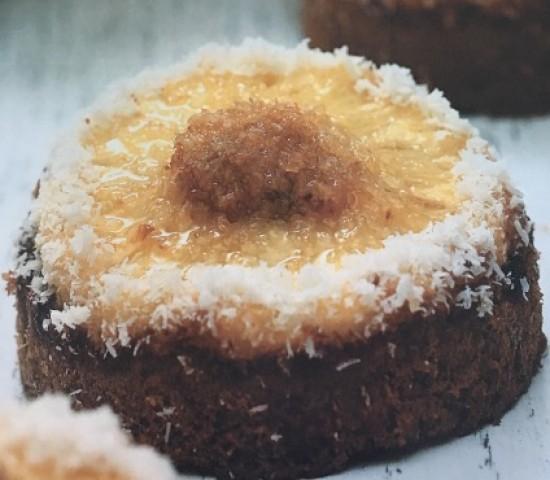 Ананасовые пирожные выпечные