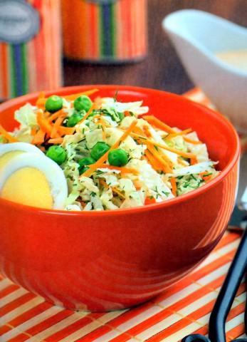 Салат с морковью и пекинской капустой