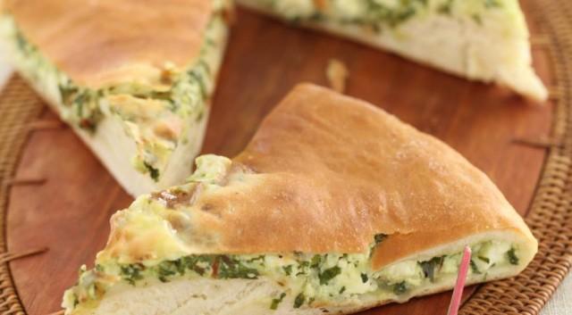 Пирог с сыром, картофелем и зеленью