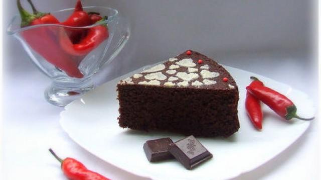 Торт шоколадный с перцем чили