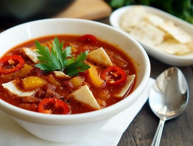 Суп с камбалой и салатом романо