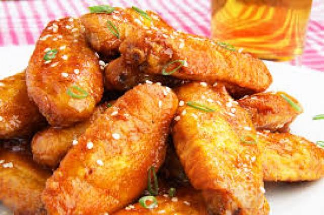 Курица барбекю, запеченная в медово-чесночном соусе