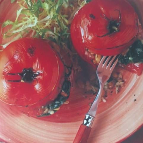 Томаты, фаршированные шпинатом