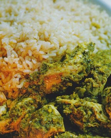 Зеленое карри с курицей