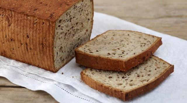 Цельнозерновой хлеб из десяти злаков
