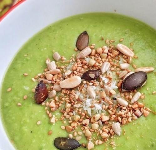 Кокосовый суп с зеленым горошком