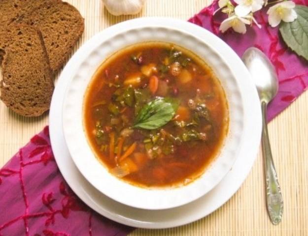 Запеченный суп с фасолью и щавелем
