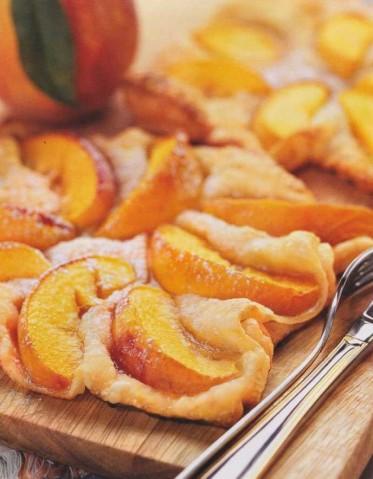Персики в слойке