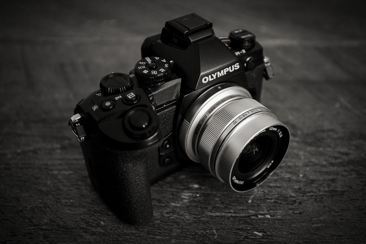 Olympus_E-M1_05