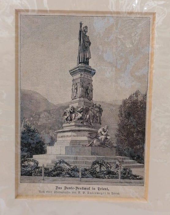 Das Dante-Denkmal in Trient.