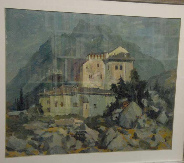 Castel Pietra con sullo sfondo Castel Beseno.