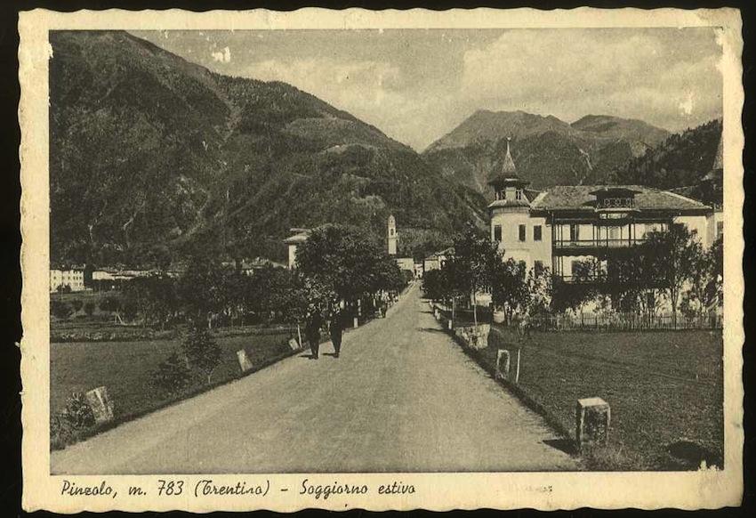 Pinzolo m. 783 (Trentino). Soggiorno estivo.