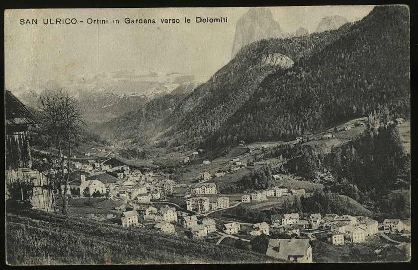 San Ulrico. Ortini in Gardena verso le Dolomiti.