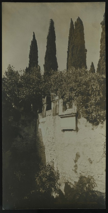 2498 B. S. Virgilio. Catull-Denkmal. S. Vigilio. Monumento di Catullo. Sirmione.