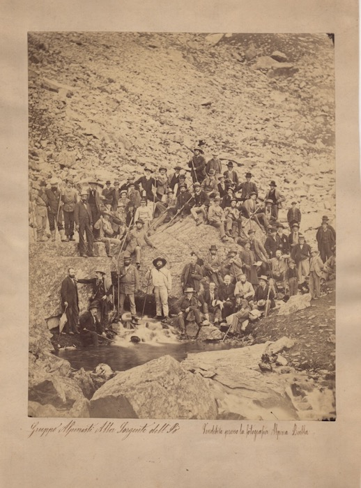Gruppo Alpinisti alla Sorgente del Pò.