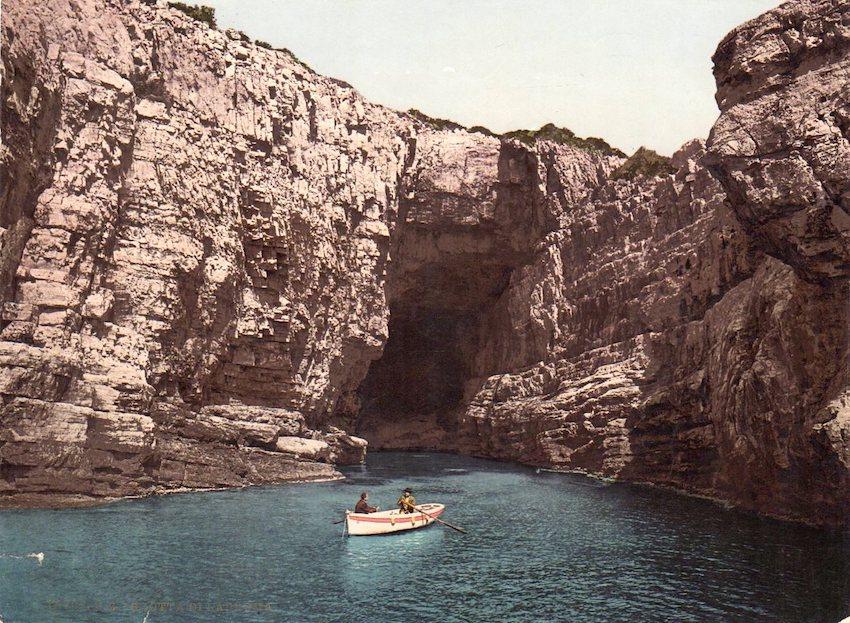 16723. P.Z. Grotta di Lacroma.
