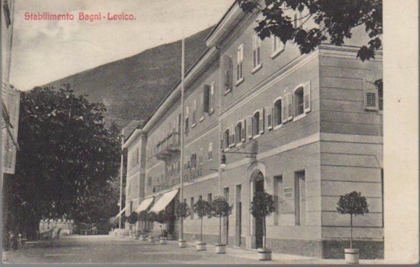 Stabilimenti Bagni - Levico.