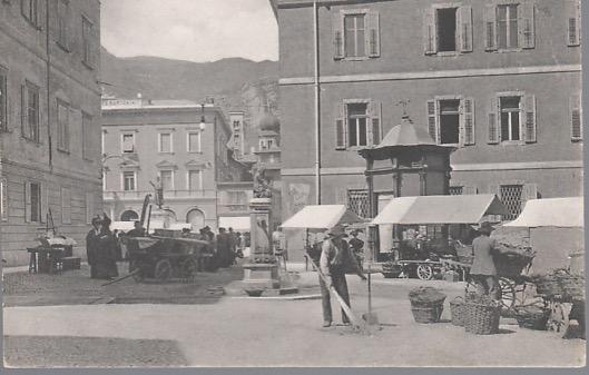 Trento. Piazza delle Erbe.