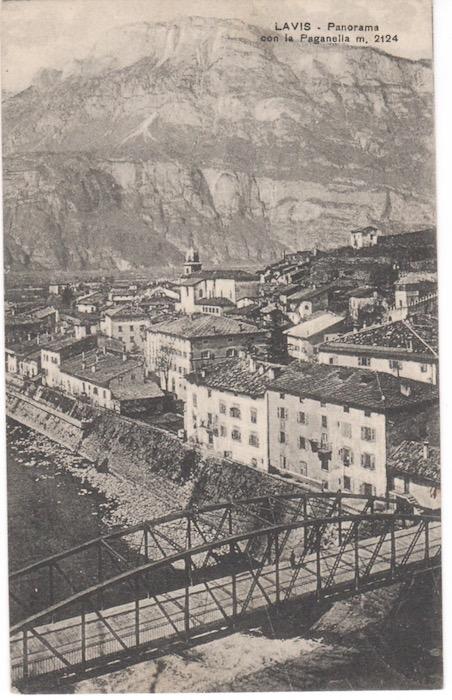 Lavis - Panorama con la Paganella m.2124