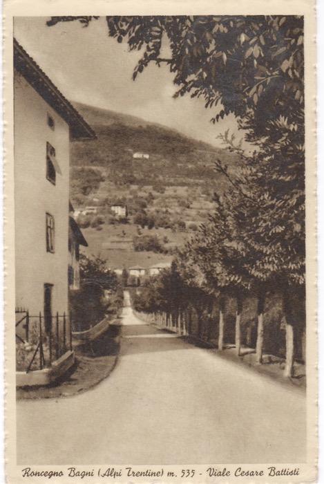 Roncegno Bagni (Alpi Trentine) m. 535 - Viale Cesare Battisti.