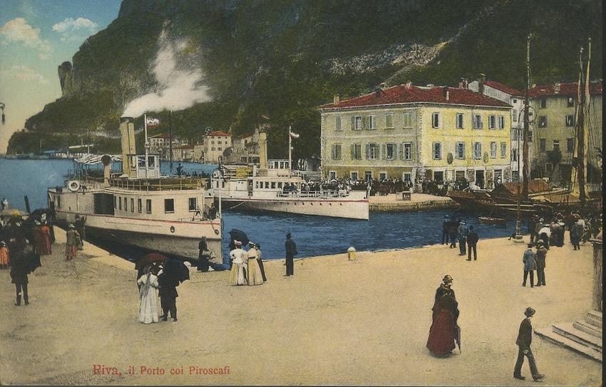 Riva, Il Porto coi Piroscafi.