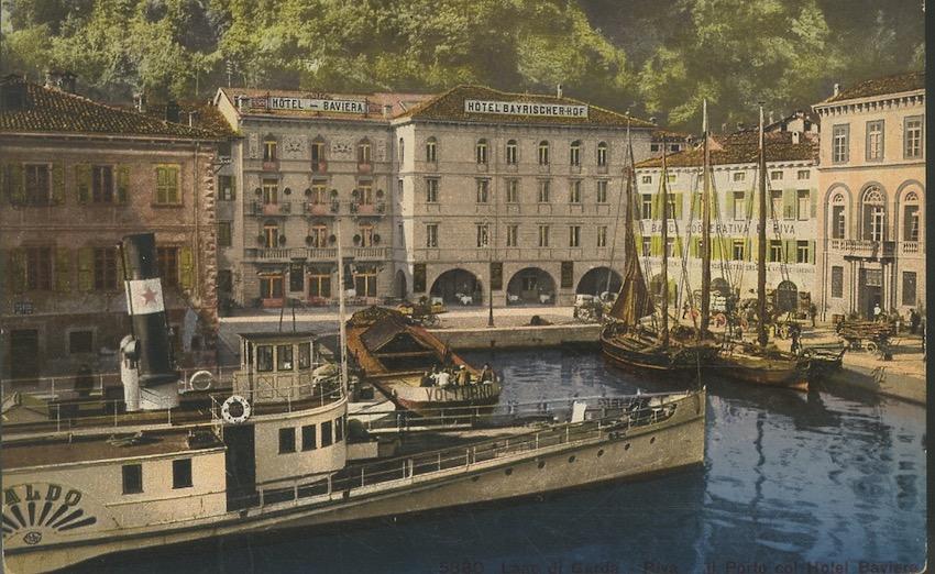 Lago di Garda - Riva - Il Porto col Hotel Baviera.