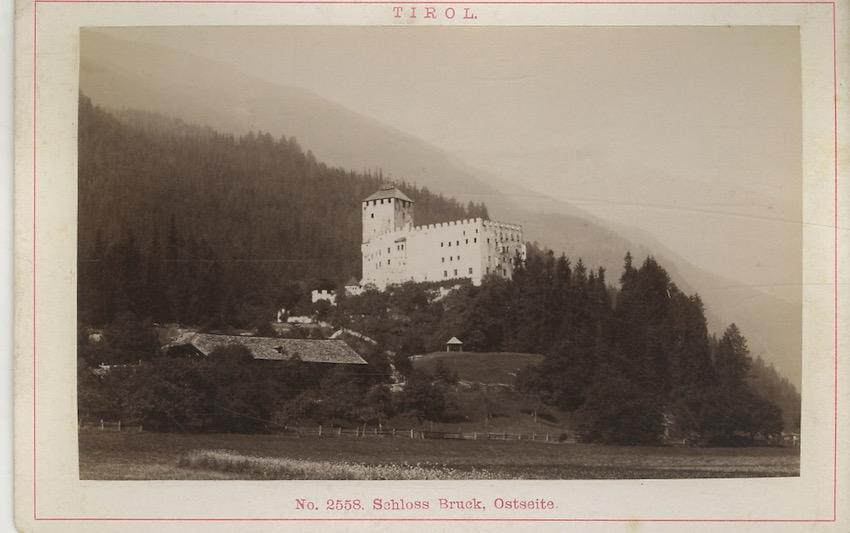N. 2558 - Tirol - Schloss Bruck Ostseite.