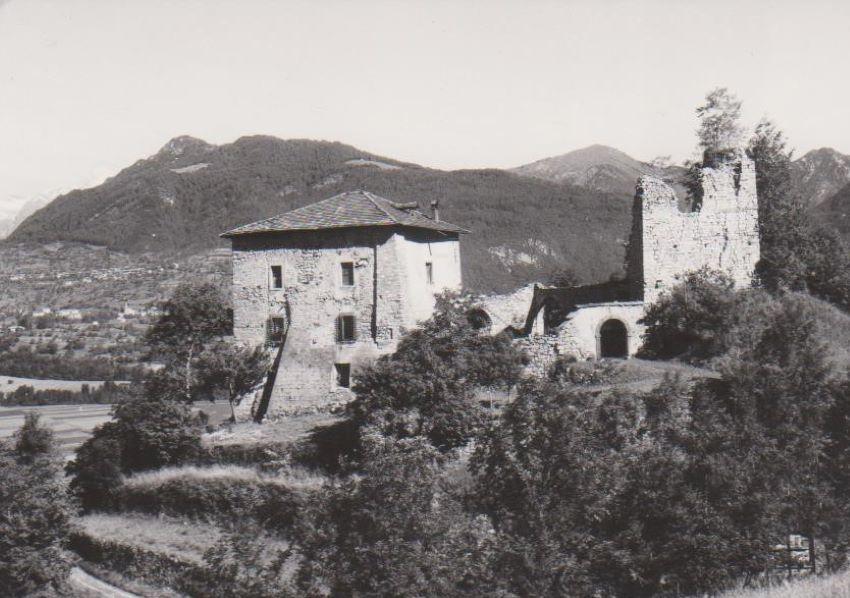 Castel Spine.