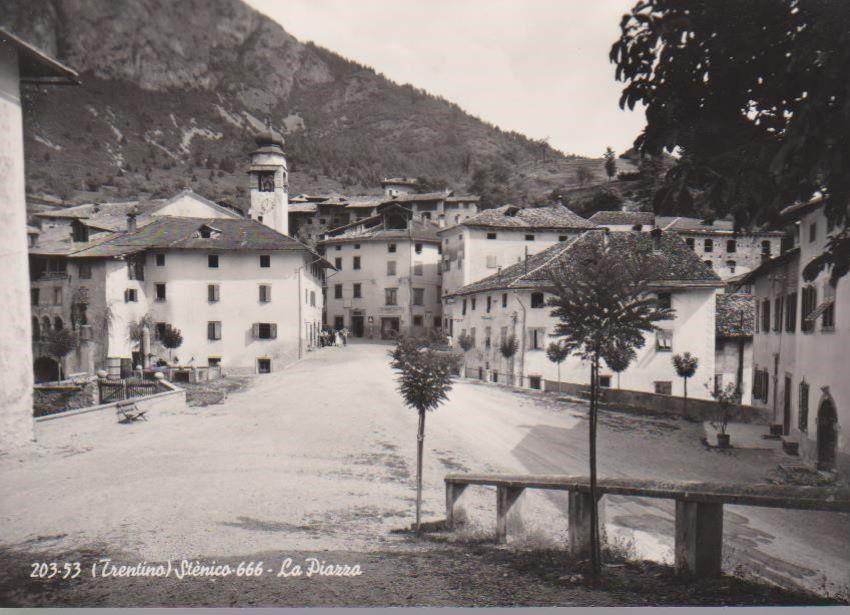 (Trentino) Stenico - 666 - La Piazza.