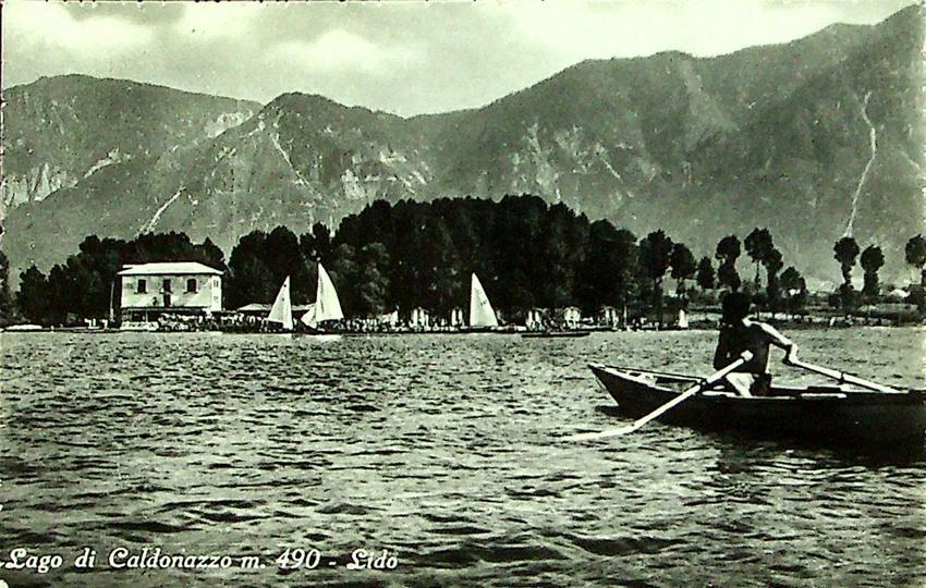Lago di Caldonazzo m. 490 - Lido.