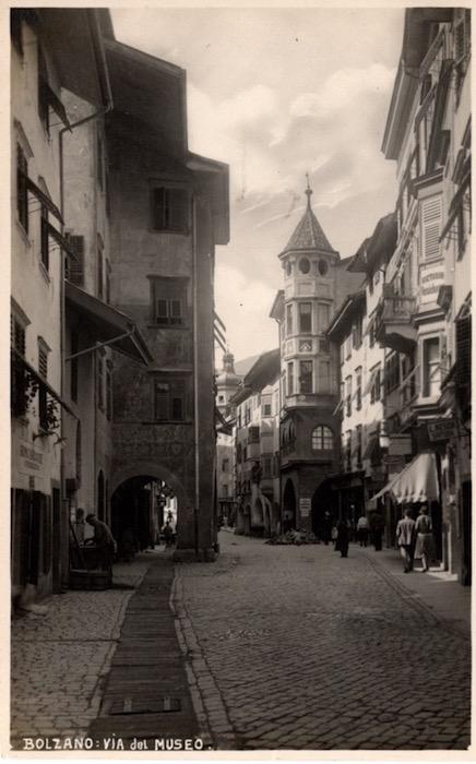 Bolzano: Via del Museo.