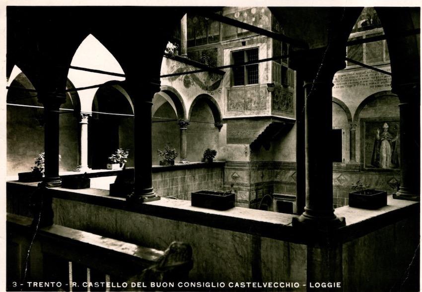 Trento - R. Castello del Buon Consiglio Castalvecchio - Loggie.