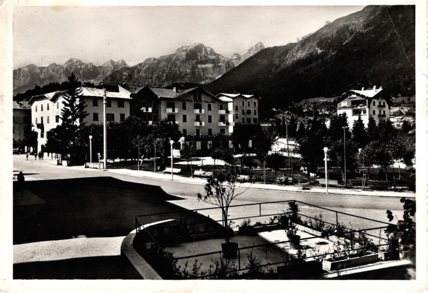 Andalo m. 1042 (Dolomiti di Brenta - Trentino) Albergo Pizzo Gallino.