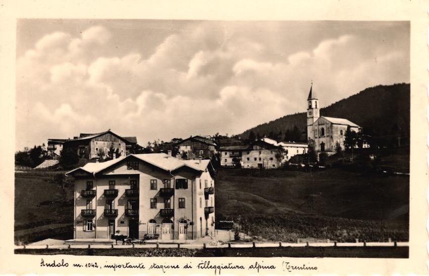 Andalo m. 1042, importante stazione di villeggiatura alpina (Trentino).
