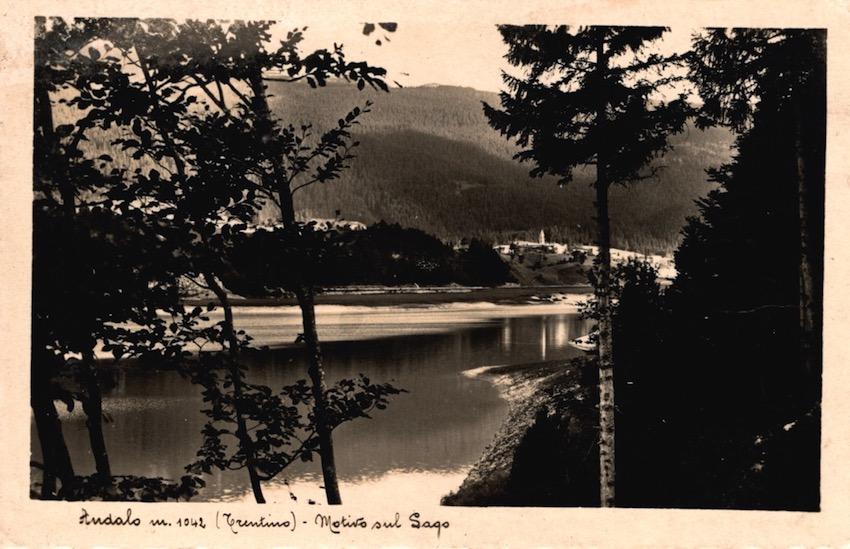 Andalo m. 1042 (Trentino) - Motivo sul Lago.