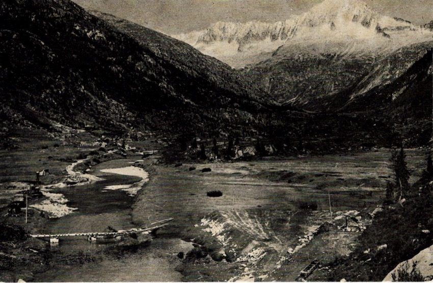 Conca di Bissina mt. 1733 Carè Alto mt. 3462.