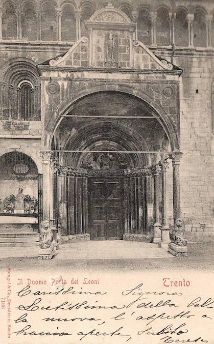 Il Duomo - Porta dei Leoni, Trento.