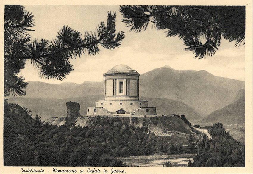 Casteldante - Monumento ai Caduti in Guerra.
