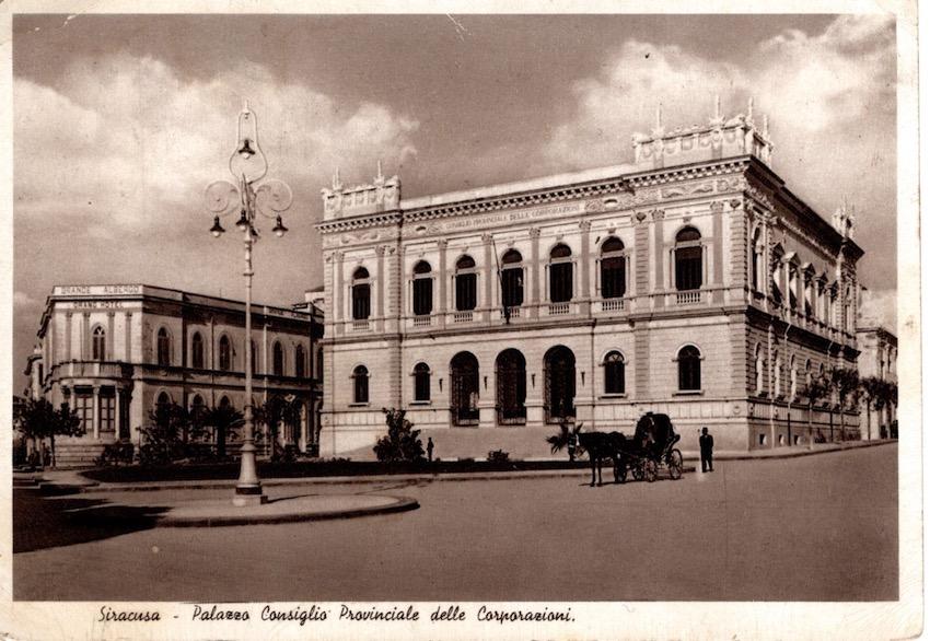 Siracusa - Palazzo Consiglio Provinciale delle Corporazioni.