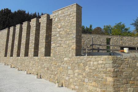 Muro in tranciato in Pietra di Credaro