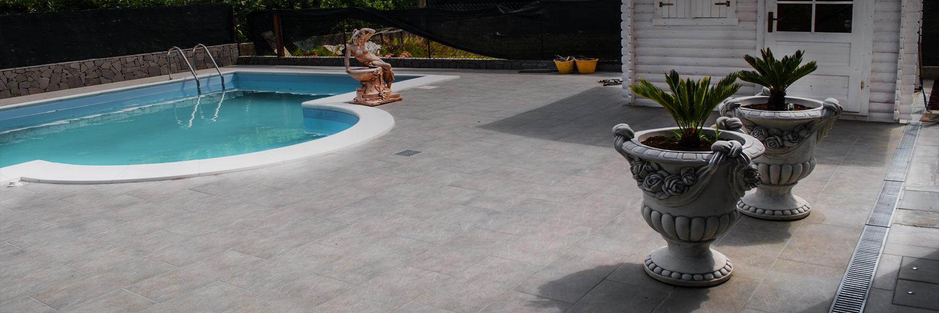 Pavimentazioni esterne in pietra naturale pavimentazione piastrelle - Piastrelle per piscina ...