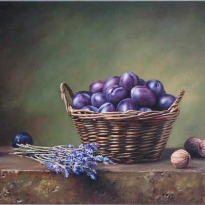 Plums in the basket.