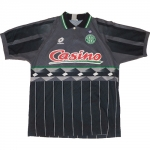https://s3.eu-central-1.amazonaws.com/asse-stats/img/maillot/150/maillot_1995_exterieur.jpg
