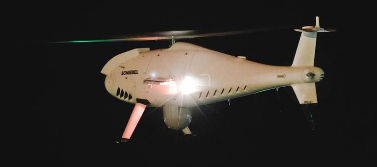 Camcopter S-100 absolviert Testflüge über Öl-Anlagen